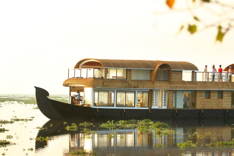 Backwater Houseboat Day Cruise